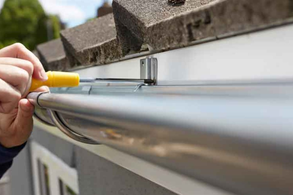 EAVESTROUGH REPAIR: SIGNS TO LOOK OUT FOR