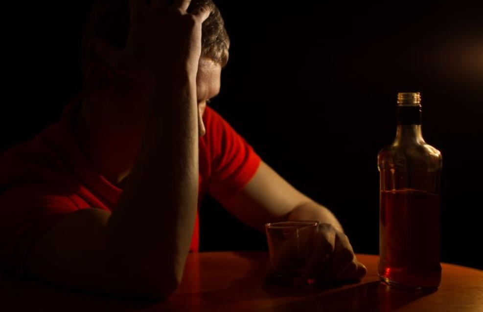 Alcohol Addiction Can Lead to Psychotic Disorders